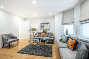 Stylish Two Bedroom In The Heart Of Kensington